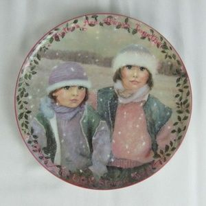 Sisters Are Always Together PLATE Lim Ed BRADFORD